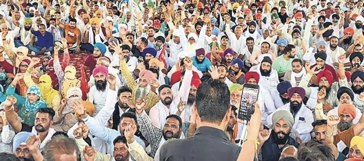 In Haryana's Karnal, Mobile Internet Services Suspended Ahead Of A Farmer's Meeting