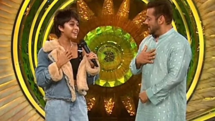 When Salman Khan And Yohani Attempted To Sing Manike Maghe Hithe